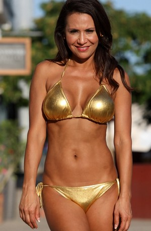 GLORIA Gold Metallic Scrunch Butt String Bikini