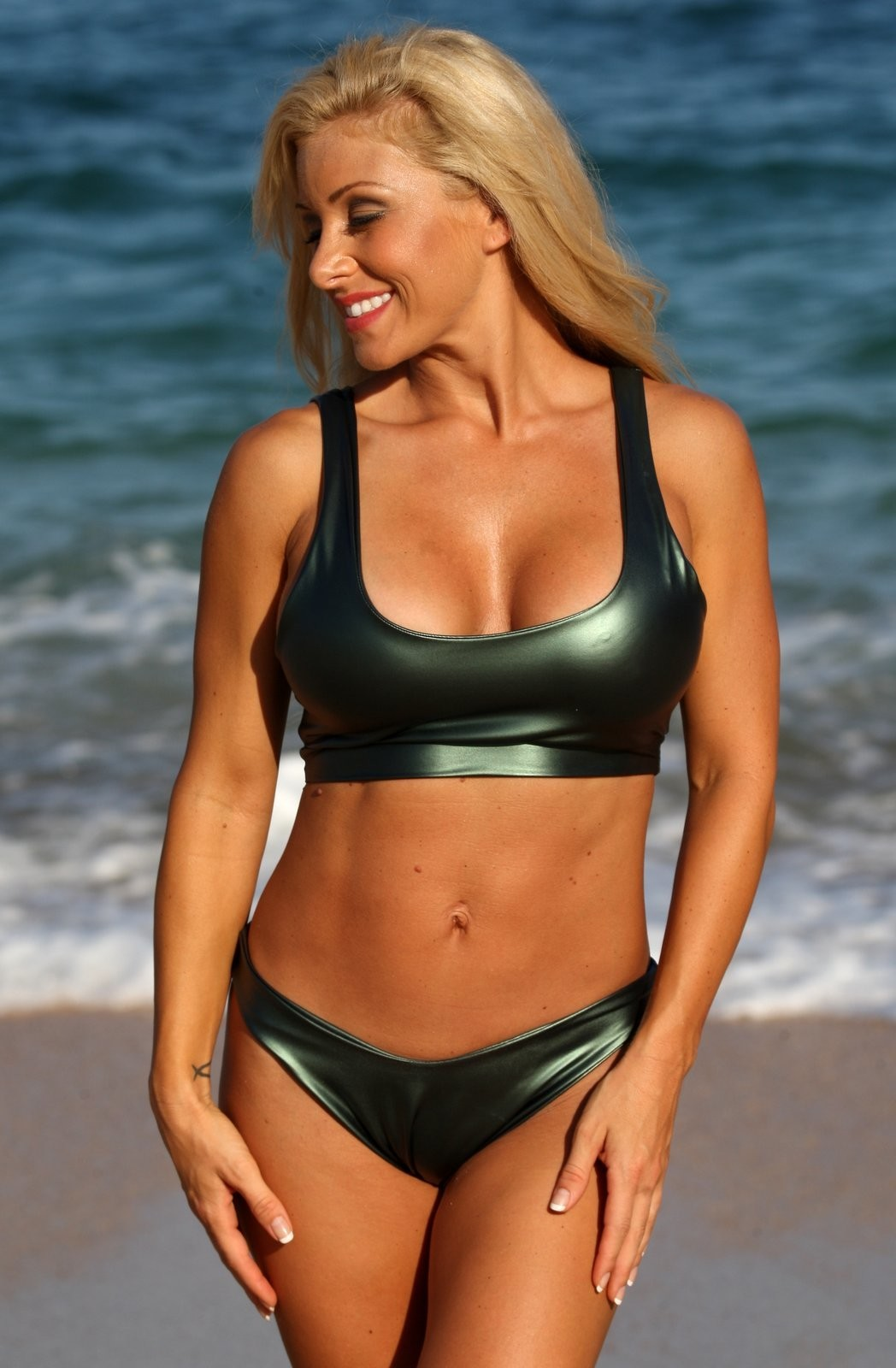 ERIN 2 Pc Green Metallic Sporty Thong Bikini